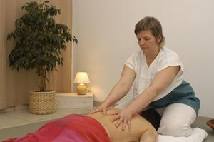 Massage indien de tradition ayurvédique par Laurence Dantoing